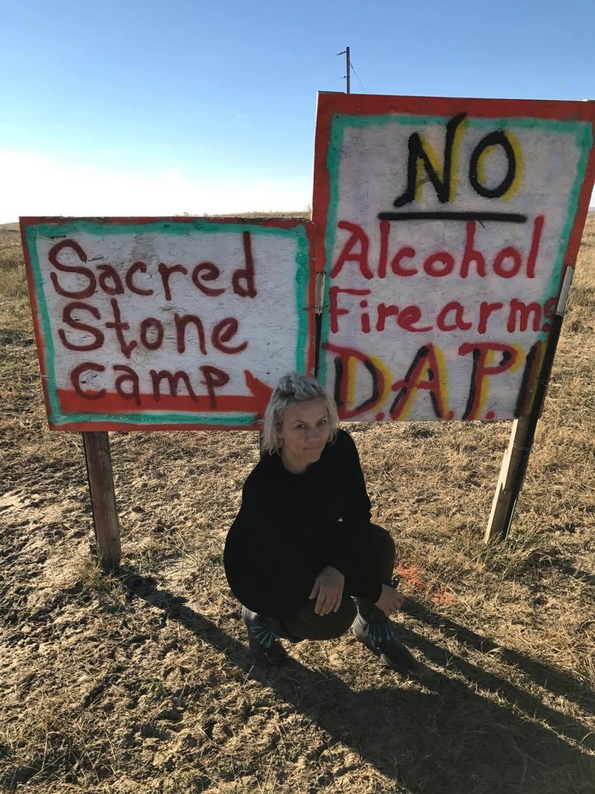 """""""Nunca me sentí incómoda en el campamento, insegura o no bienvenida. Cuando escuchas que los protectores del agua son gente pacífica, esa es la verdad"""". Imagen cedida por Lorie Bebber"""