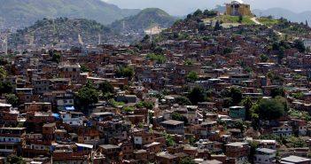 Favela 13